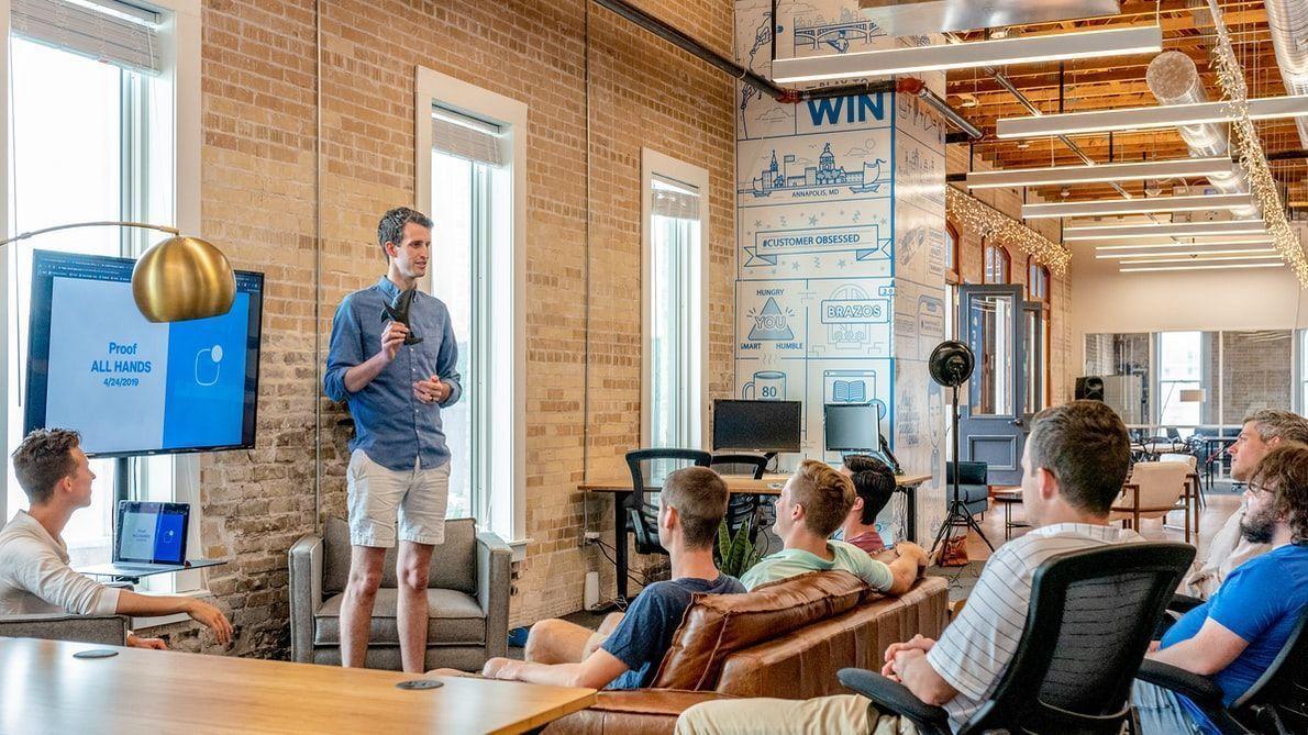 Cómo analizar si es viable lanzar una campaña de generación de leads en LinkedIn Ads